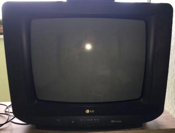 телевизор LG CF21D60X