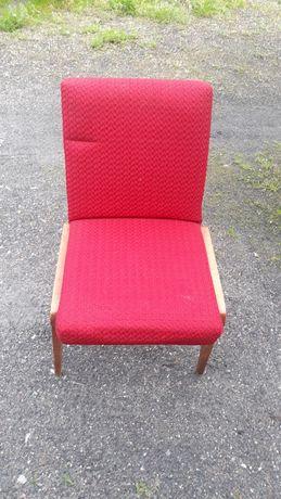 Krzesło  z czasów Prl, klasyk Prl