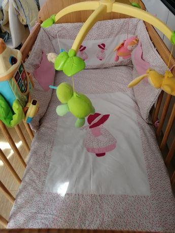 Vendo cama de grades/berço menino/a. Tudo incluído!
