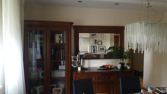Meble bydgoskie zadbane stół i 8krzeseł tapicerowanych