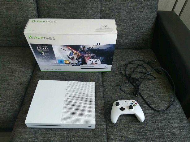 Konsola Xbox One S 1 TB + pad