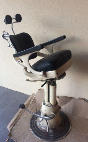 Stary fotel dentystyczny, stomatologiczny EMDA