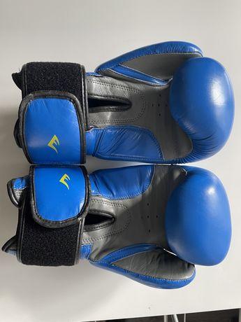 Кожанные перчатки Everlast. Боксерские перчатки