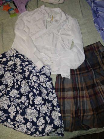 Вещи юбки и блузка 46 р