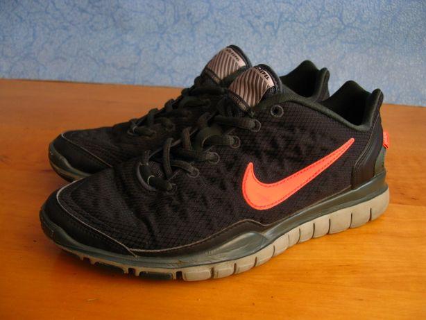 Buty Nike Free TR Fit 2 Shield H2O Repel R 38 24cm
