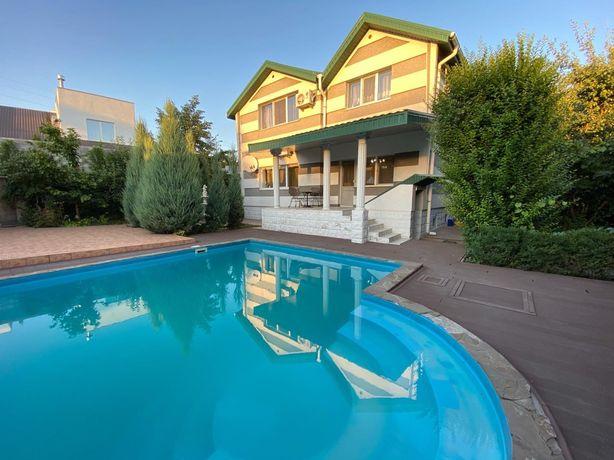 Продаю шикарный дом с бассейном