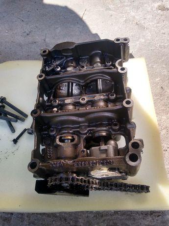 Pompa oleju 2.0 TDI blb a4 a3 Audi
