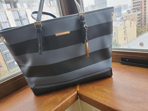 Брендовая оригинальная сумка в идеальном состоянии Tommy Hilfiger