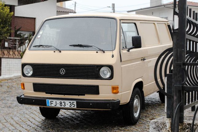 Carrinha Volkswagen Transporter T3 - 1984   1600 CC   Bem conservada!