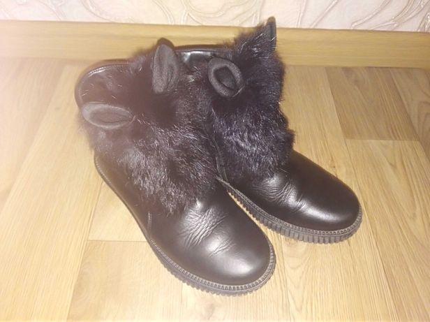 Зимние ботинки для девоки 35 р. Стелька 22.5см.  ТМ Каприз. Кожа