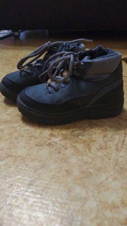 ботинки фирмы Зара,оригинал,размер 22
