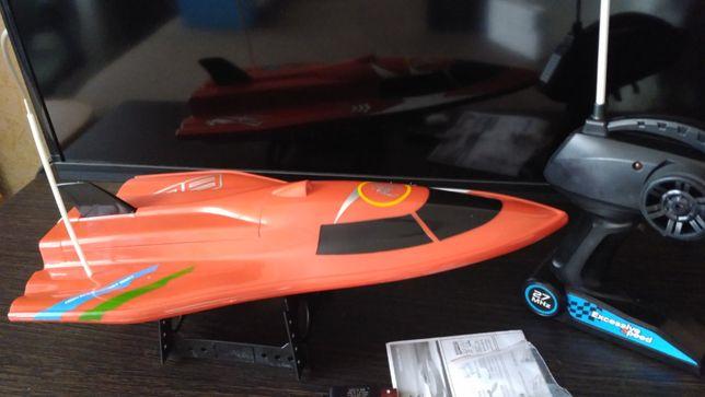 Катер Create Toys 3362 радиоуправляемый длина 39 см, скорость 20 км/ч