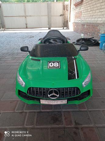 Продам детский электромобиль