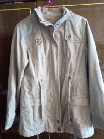 Женская осенняя куртка размер 12 .