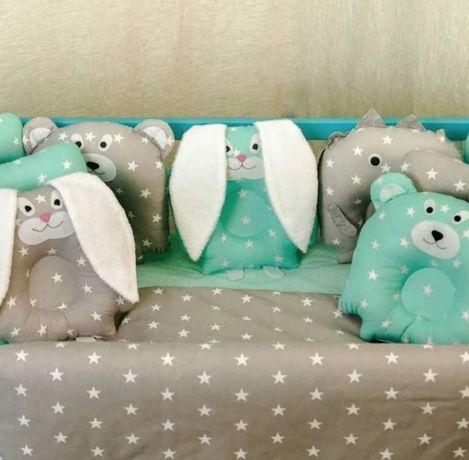 Постель детская Лесные звери: комплект в кроватку + подушки игрушки