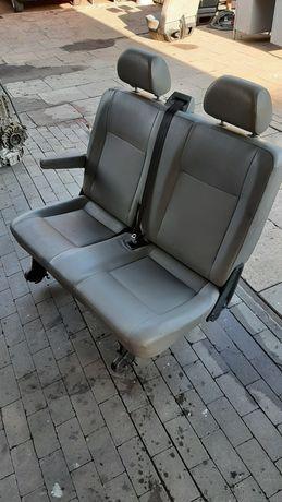 Fotel VW T5 dwójka drugi rząd