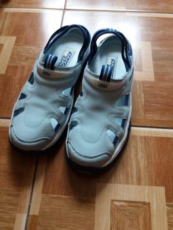 Фирменные сандалии кроксы спортивная обувь Skechers