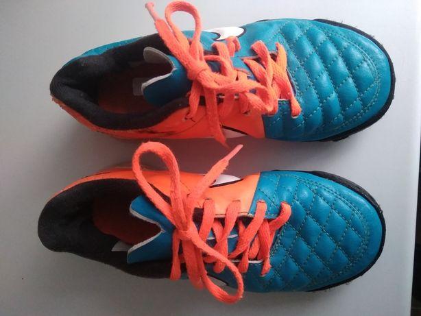 Turfy Nike 28.5.     .