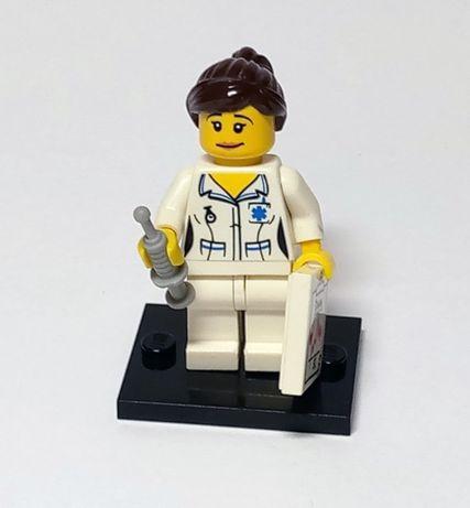 Минифигурка из 1-й серии Лего (Minifigures 8683-11 ) - Медсестра