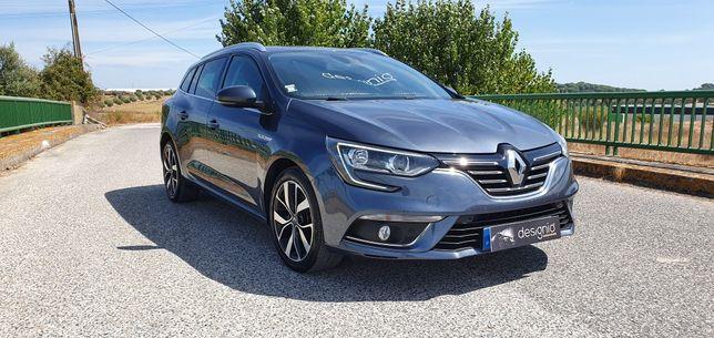 Renault Mégane - Ano 2018 - Bose Edition - Nacional revisões na marca