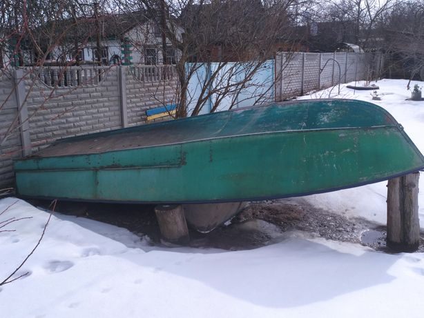 Продам лодку прогресс-2. 15000 грн.