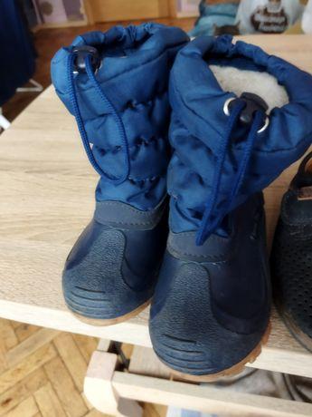 Взуття/ чоботи для хлопчика безкоштовно 25-26 р