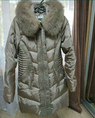 Зимний теплый пуховик