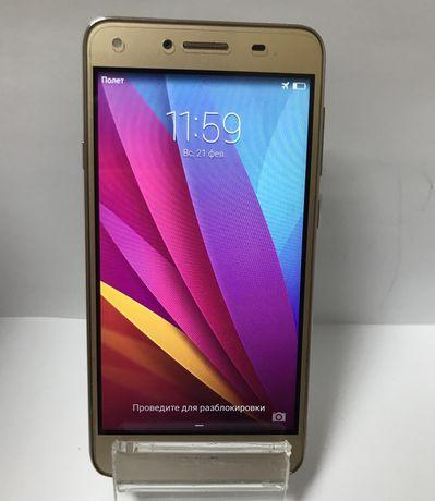 Huawei y 5 ll, золотой.