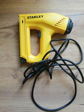 Zszywacz elektryczny Stanley 2w1