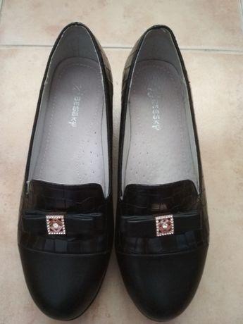 Туфлі 36р.