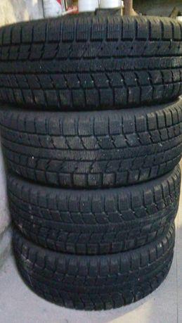 Зимова резина Toyo 205/55 R16
