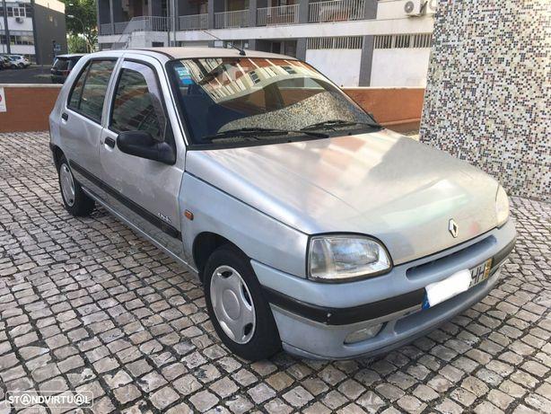 Renault Clio 1.2 Oasis