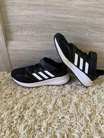 Супер легенькі кросовки кроси адідас adidas 33/34(21 см)