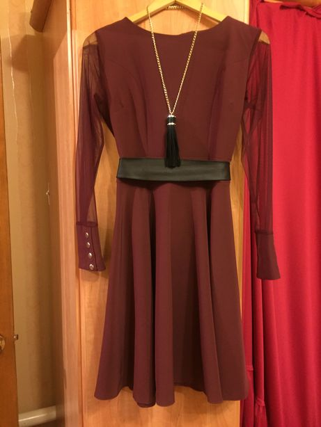 Платье 48 р. 500 р.