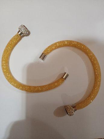 Продаються браслети на магнітах