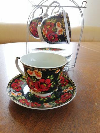 Чайний сервіз (не повний 4 чашки та 5 блюдець)