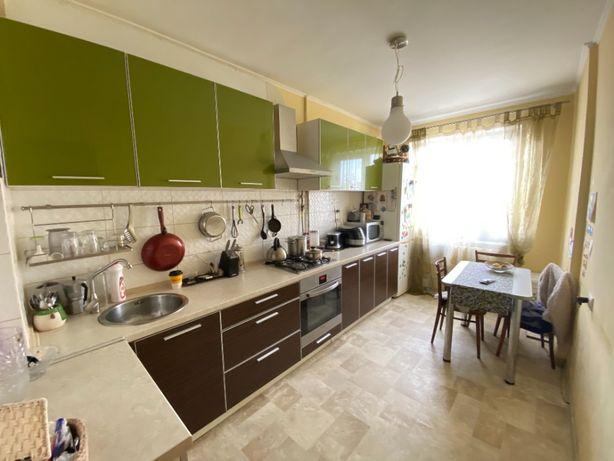 3-к квартира на вулиці Хмельницького Б. (район АС-2)