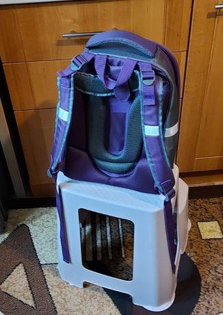 Школьный рюкзак для девочки/40*30*18см+5см при дополнительном открытии