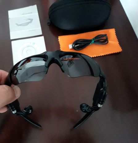 Óculos com leitor de MP3