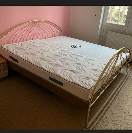 Piękne złote metalowe łóżko 200x200