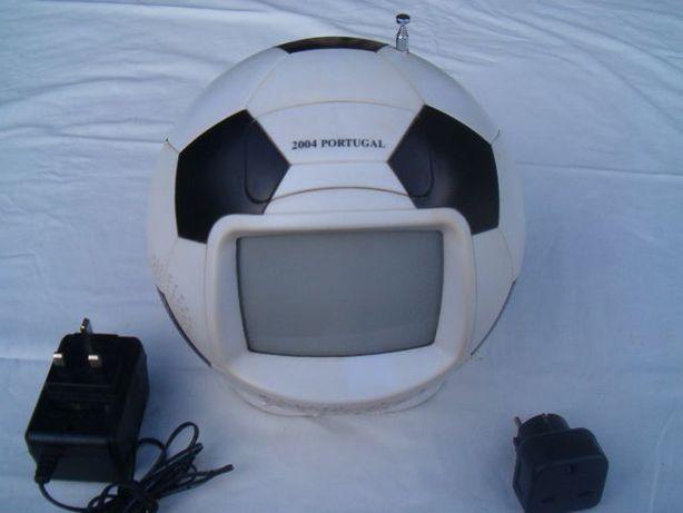 Televisão/Rádio antiga (Euro 2004)
