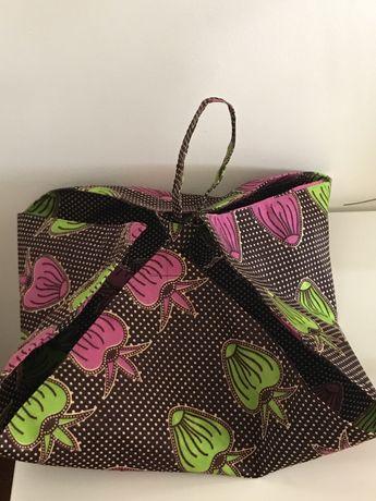 Porta travessas ou porta tachos ou porta pratos, feitos em tecido de a