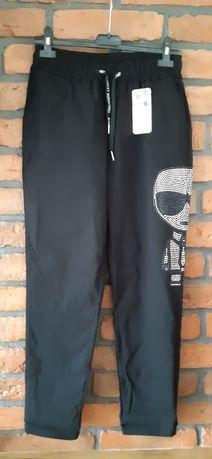 Spodnie gumy czarne z Carlem rozm.L/XL