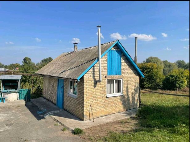Продажа частного дома в центре с.Семеновка ,Обуховский район