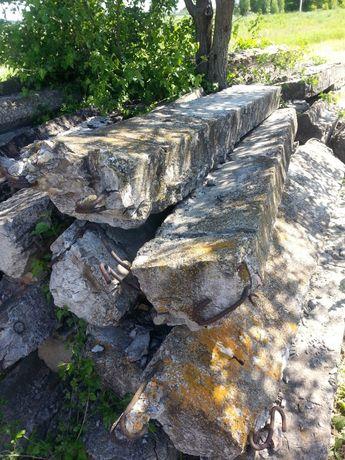 Блоки бетонные с погрузкой.