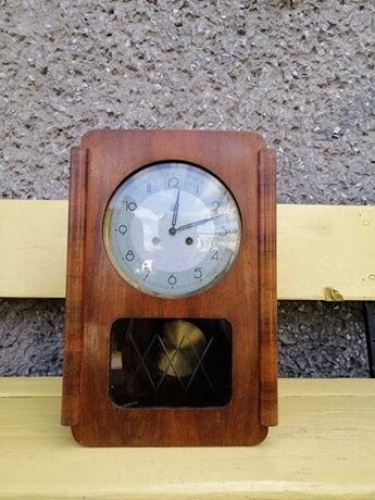 Witam sprzedam 70 letni zegar drewniany