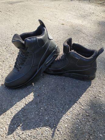 Зимові кросівки чоловічі