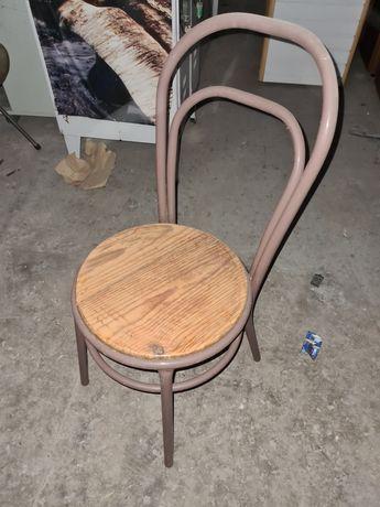 Conjunto mesas e cadeiras