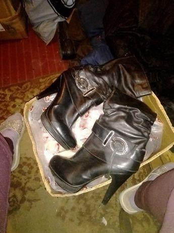 Срочно обувь женская