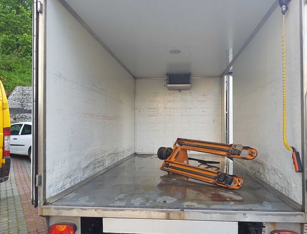 sprzedam kontener chłodnia z agregatem ford transit